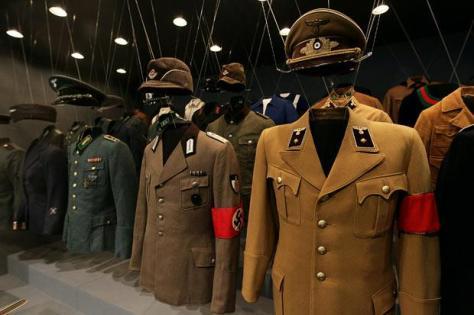 nazi-uniforms_1739233b