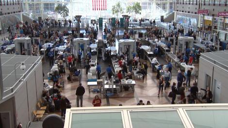 14923_dia-denver-international-airport-security-lines