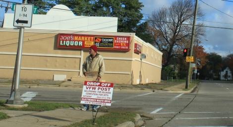 homeless_man_soliciting_employment_ypsilanti_michigan