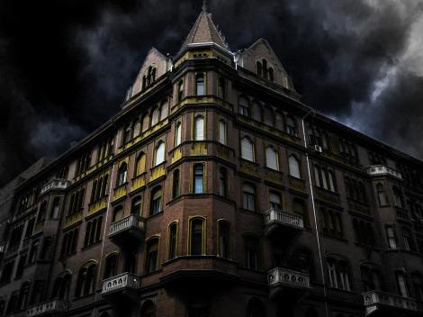 haunted-house-corner-200065_960_720